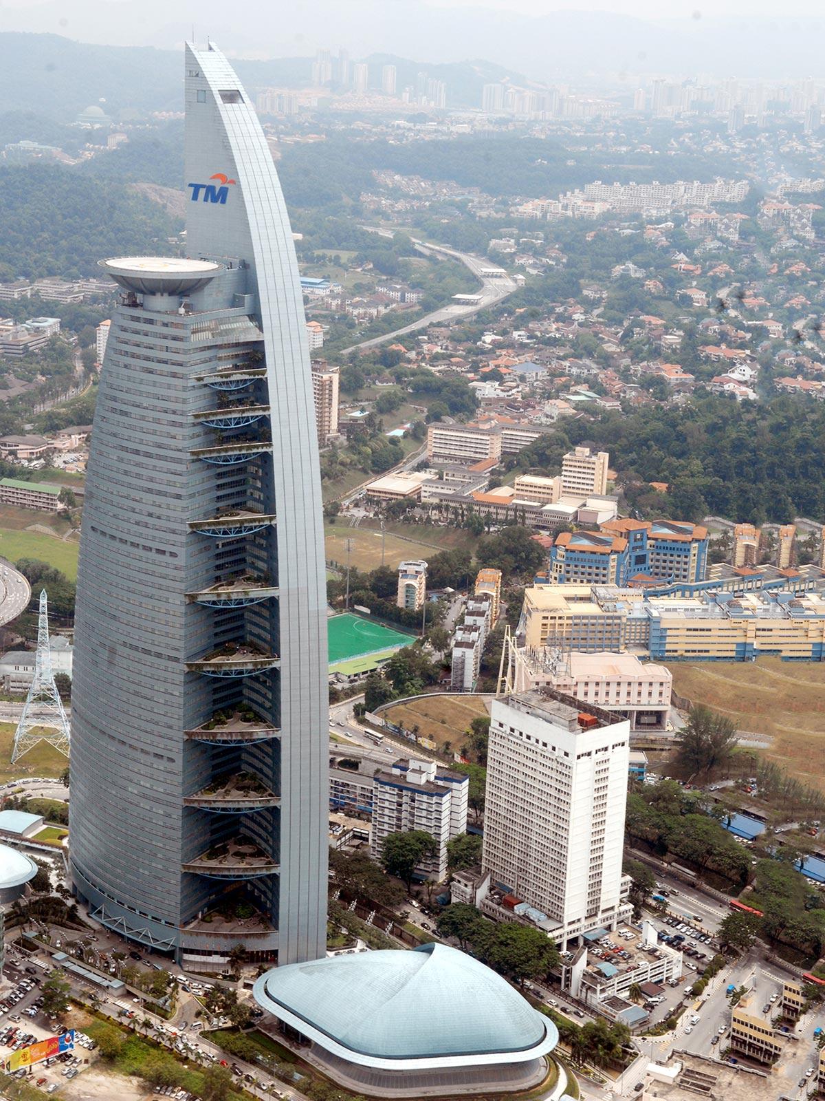 36m circular helipad on the Telekom Malaysia Building – Kuala Lumpur